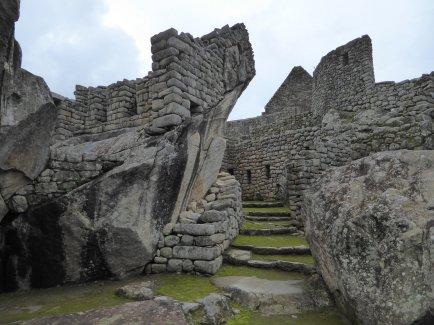 Scheef weer recht bouwen. Koud kunstje voor de Inka's. Machu Picchu