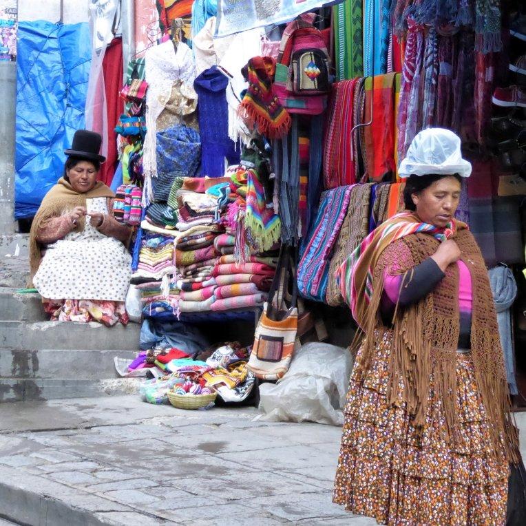 Check die regenhoed. La Paz