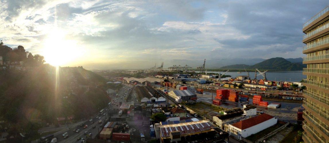 Uitzicht vanuit onze hotelkamer. Santos, Brazilië