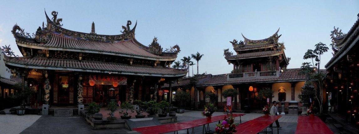 De sfeervolle Dalongdong Baoan Temple. Taipei