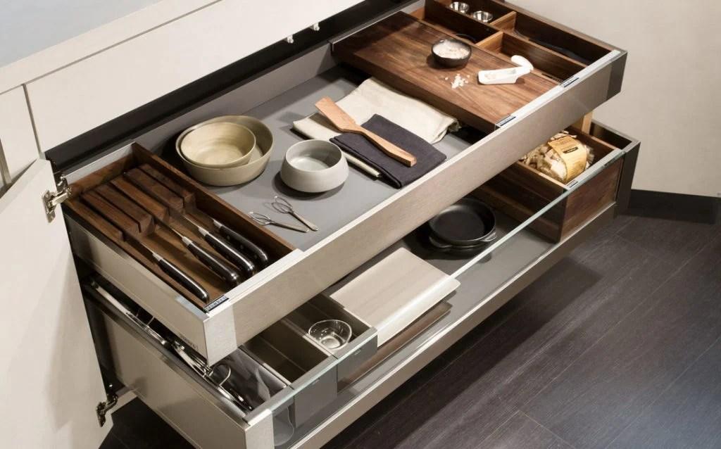 Scopri gli accessori per avere la cucina sempre in ordine