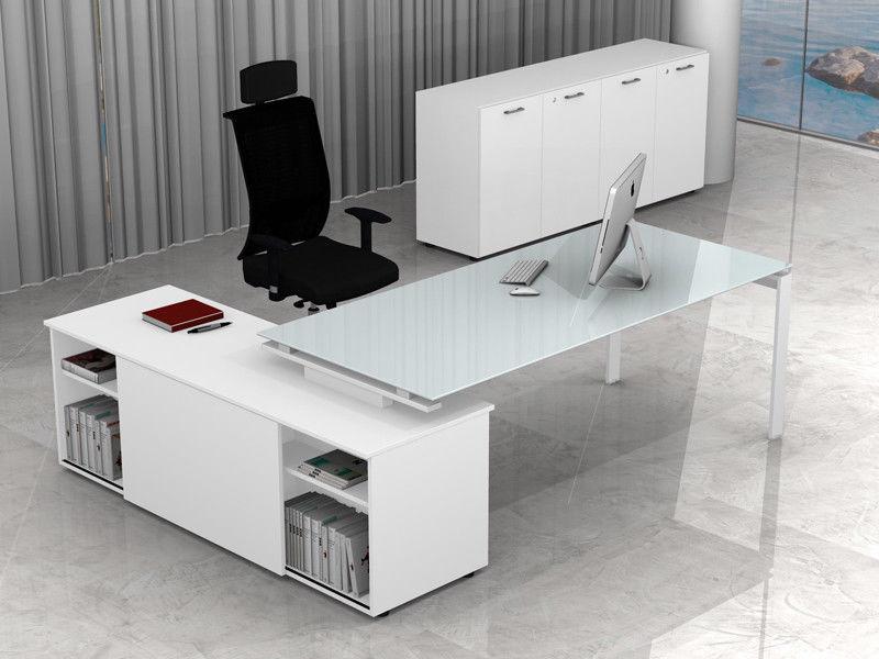 Arredo ufficio metallo e vetro direzionale con mobile e for Arredo ufficio bianco