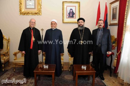 122015251337644تهنئة-الأقباط-الأرمن-بعيد-الميلاد-(2)