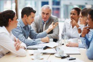 Empresa diseñando su plan estratégico