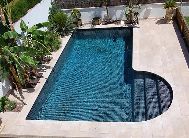 Proyectos que nos inspiran quiero una piscina azulejos - Azulejos para piscina ...