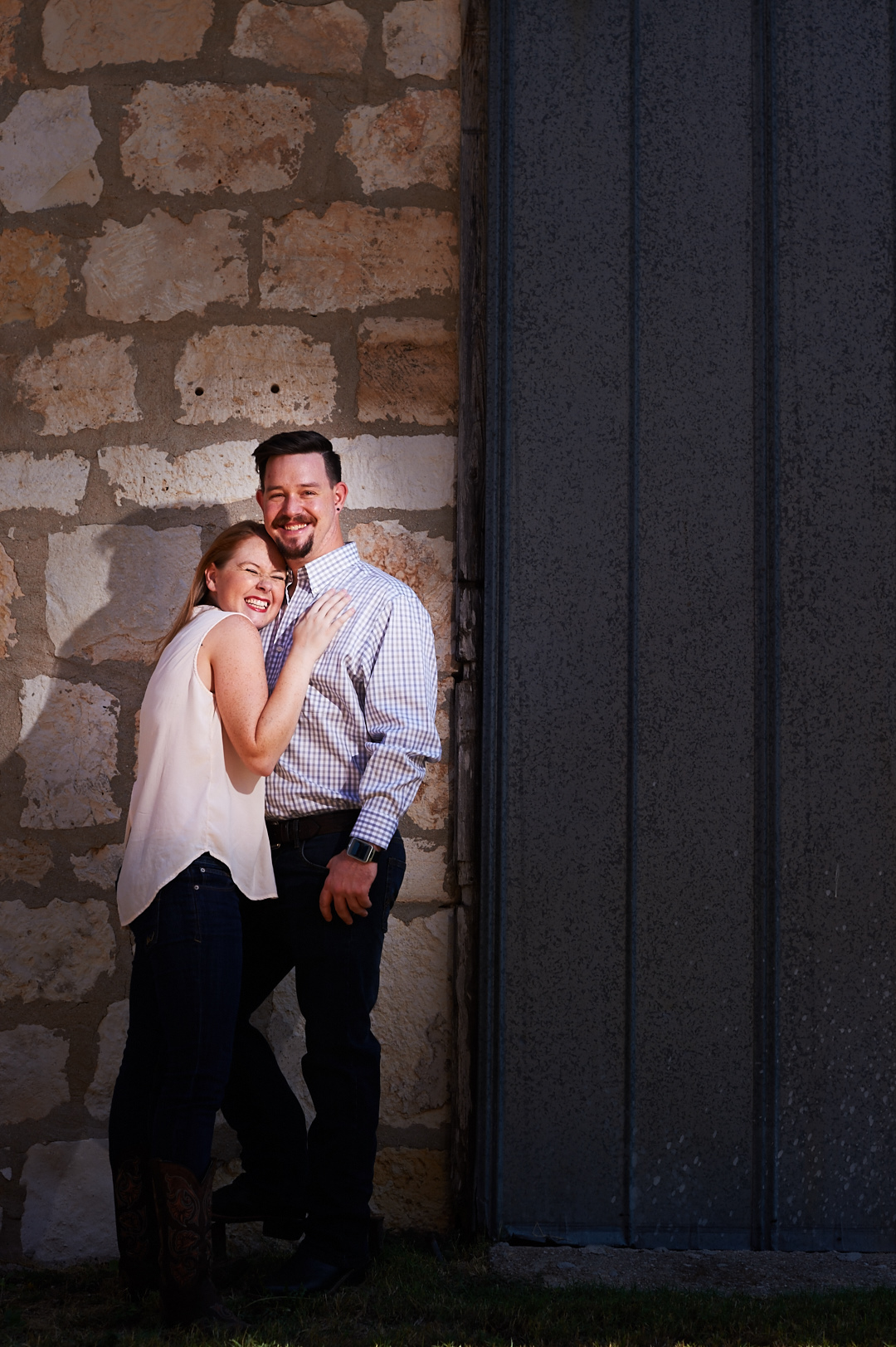 Joseph and Sara - Texas Hill Country Engagement-0004