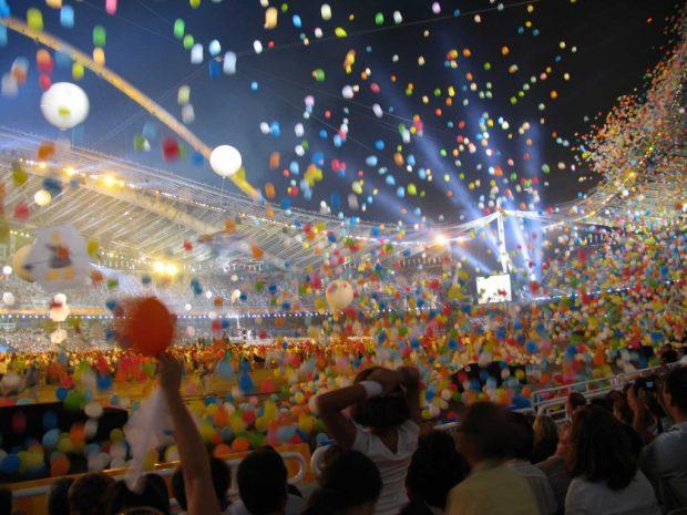 La cerimonia di chiusura delle Olimpiadi 2004, disputate ad Atene