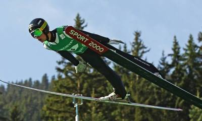 Alex Insam atleta azzurro della nazionale italiana di salto con gli sci italia