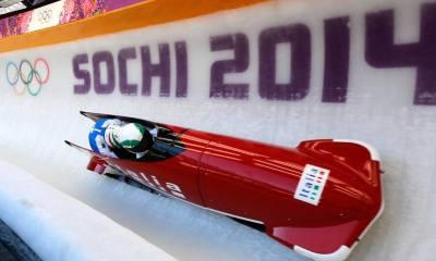 La squadra italiana di bob a due impegnata in una discesa ai Giochi di Sochi 2014