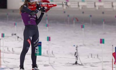 Dorothea Wierer al tiro in quel di PyeongChang, tappa della Coppa del mondo di biathlon