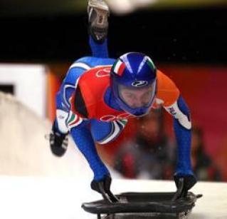 Maurizio Oioli in gara alle Olimpiadi invernali di Torino 2006 - skeleton italia fisi