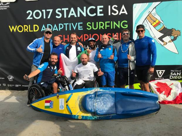La nazionale italiana ai mondiali di adaptive surfing 2017 in California