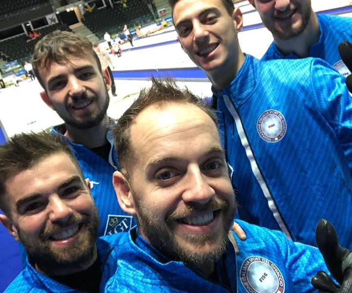 L'Italia del curling (photo credi: pagina Facebook Italia Team)