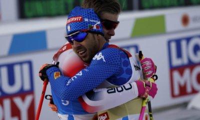 L'abbraccio, a fine gara, tra Pellegrino e Klaebo