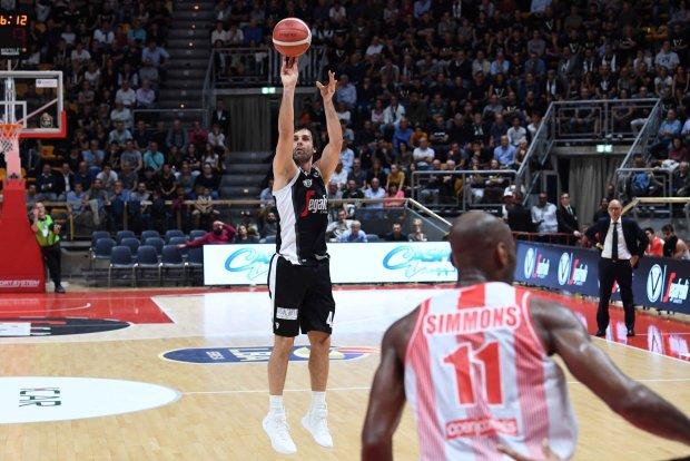 Milos-Teodosic-Virtus-Bologna-basket