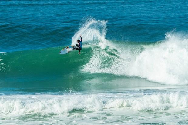 Fioravanti accede alle semifinali del Quiksilver Pro France della World Surf League