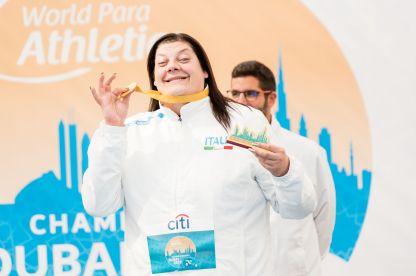 atletica paralimpica mondiali 2019 assunta legnante oro lancio del disco italia italy athletics gold medal categoria F11 world paralympics championships dubai campionato del mondo 2019