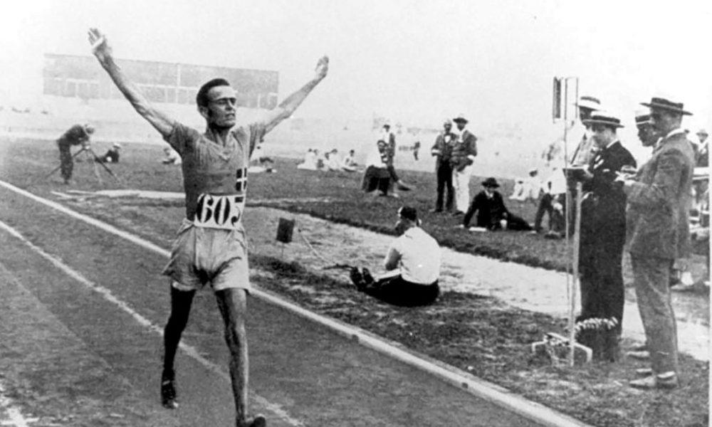 atletica ugo frigerio oro parigi 1924 olimpiadi giochi olimpici atletica leggera walking sport sports olympics marcia gold