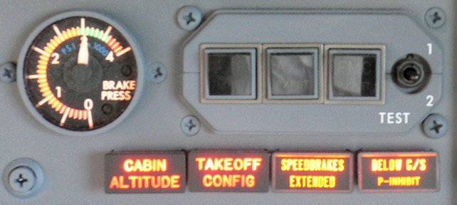Cabin altitude light