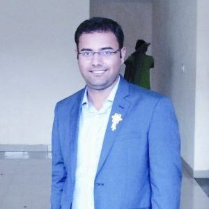 Ashish Tiwari UPSC topper