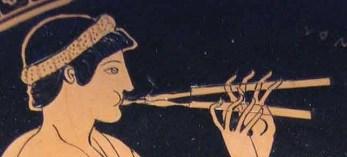 Joven tocando el Aulós (Flauta griega)