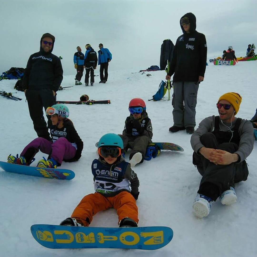 Најмалите битолски сноубордери ја освоија Шапка!