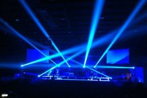 laser light 9