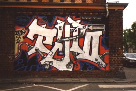 Typo – style writing, spraycan on wall, Frankfurt Brotfabrik 1991