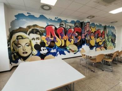 Kantine Zustand 2019: Wandgestaltung Walldesign Interior design Graffiti für Coca Cola von BOMBER & CANTWO für Oxygen in der Abfüllung Dorsten bei Essen 1996 © BOMBER& CANTWO