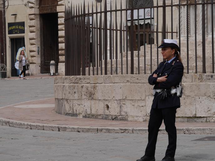 Police woman Perugia 2018 © Ulf Bankowsky