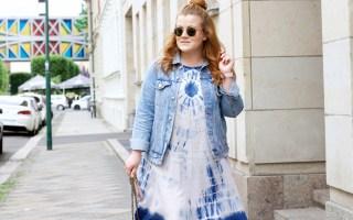 Beitragsbild: Outfit-Kombination für kühlere Sommertage - Jeansjacke und Batik-Kleid - Fashion Blog Leipzig - Blogger Style