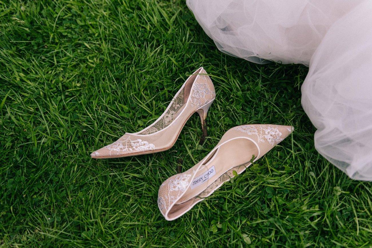 jimmy choo wedding shoes london zoo wedding photography