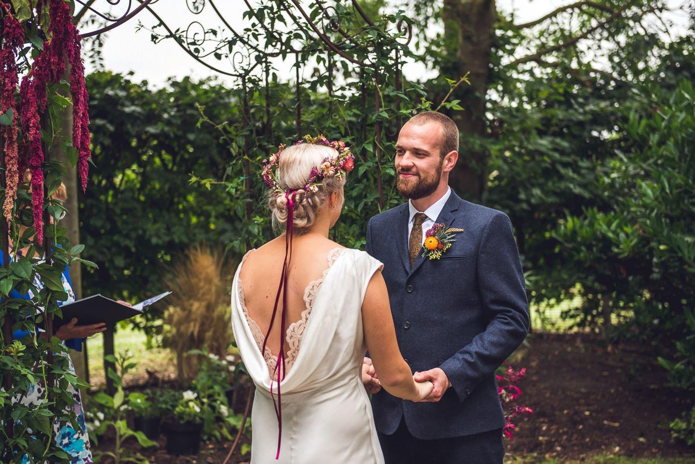 Alternative wedding photographer  creative non
