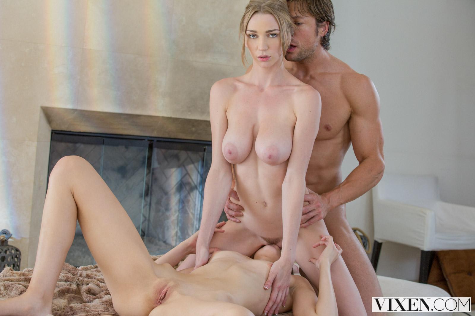 Naughty Allie Julie Threesome