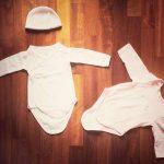 abbigliamento di un neonato