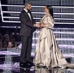 Drake Declares His Love For Rihanna At 2016 MTV VMA's