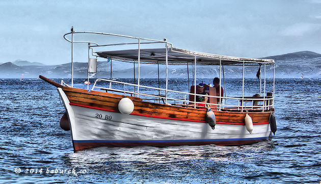 Taxi Boat on Bol