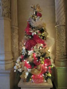 Biltmore at Christmas Tree