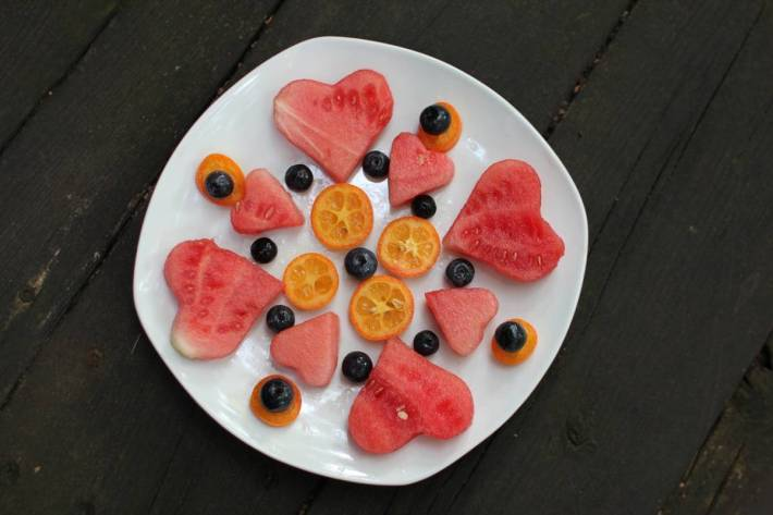 How to Encourage your Children to Eat More Fruit