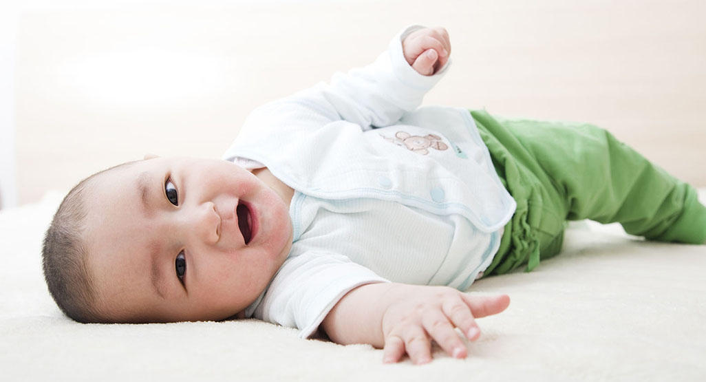 Baby milestone: Rolling over | BabyCenter