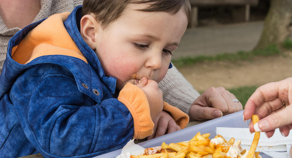 Helping an overweight child | BabyCenter