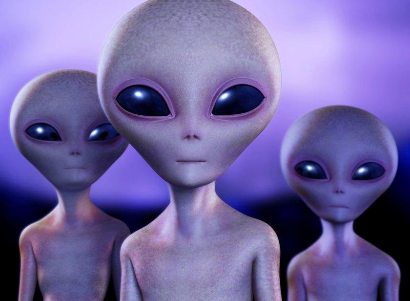 AliensThreeGreys