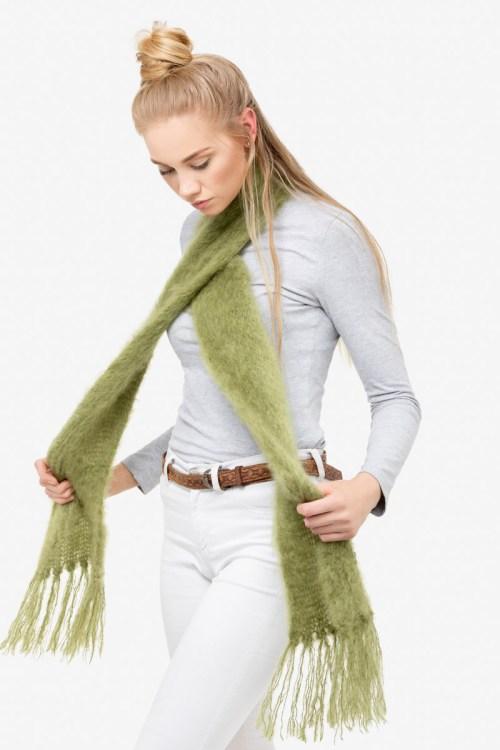Model-Cuddles-Olive