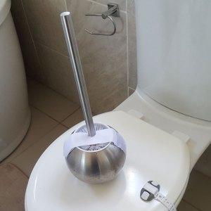 velcro-toilet-brush-lock