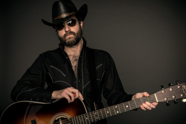 Hustler Magazine sits down with Wheeler Walker Jr. for interview about new LP Redneck Shit