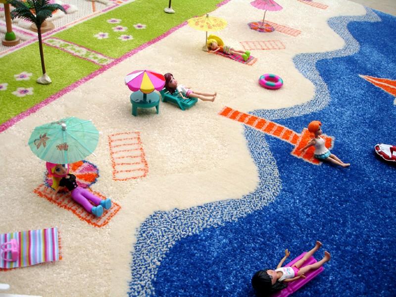 3D Spielteppich und Kinderteppich Puppenhaus Doppelhaus Twin Houses mit Strand in 3 Grssen