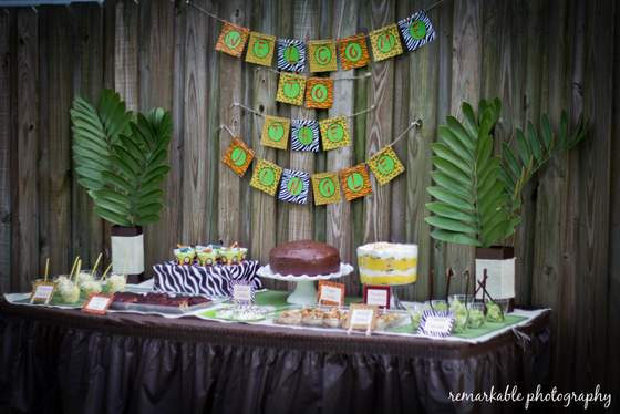 Fun Jungle Theme Baby Shower Baby Shower Ideas Themes
