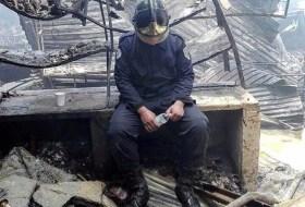 Bombero arriesga su vida en incendio del Oriental y le roban la moto (aquí pueden donar)