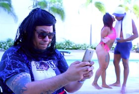 Rey INN y el Negro de Whatsapp presentan a Nena Kurt