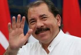 """El Presi Daniel dice """"de nada"""" (por el regalito que dio ayer a las madres de Nicaragua)"""